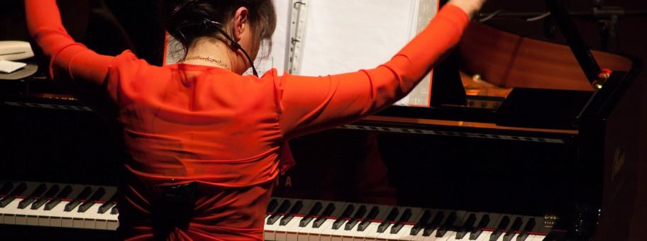 daniela musini durante lo spettacolo del nove dicembre all'audiotrium flaiano a Pescara