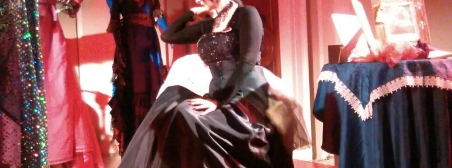 Un momento del recital di Daniela Musini a Teramo