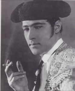 Rodolfo-Valentino-5